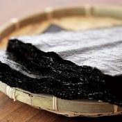 有明海産初摘み海苔「のりさん」全形30枚 アルミパッケージ 無添加の焼海苔 全形30枚(アルミパッケージ10枚入りx3袋) 1枚は約20㎝x20㎝です。 魚介類(のり) 通販