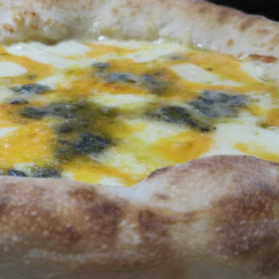 魚沼コシヒカリ米ぬかピザ3種8枚セット 直径約23cm×8枚 飲食店/お取り寄せ通販